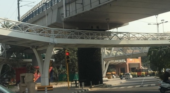 The Skywalk at ITO, New Delhi – Criminal Absurdity