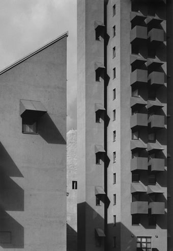 Berlin Tower, 1988. Social Housing in Berlin, Germany in collaboration with the International Bauausstellung Berlin (IBA Berlin) and Moritz Müller with Diethard Engel.