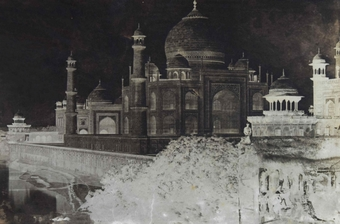 Dr John Murray – 'The Taj Mahal from the East', Agra, India, early 1860s, waxed paper negative