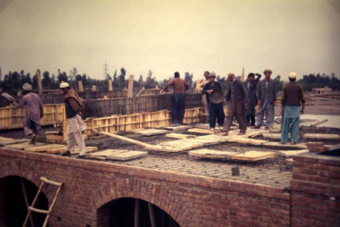 The overall technology of construction employed in the project is conventional. Some aspects (the use of earth finishes to roofs, use of arched brick openings) are to an extent traditional to the Afghan vernacular.