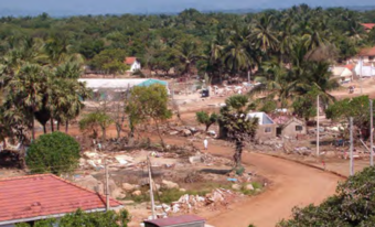 In the village of Kirinda, the majority of the houses were completely destroyed, causing the displacement of several hundred residents who were forced to relocate to temporary accommodation.