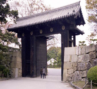 Fig 6. Gateway at Hemiji Castle, Japan