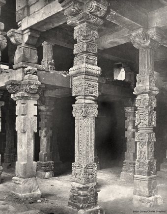 The Masjid-i-Kutb-ul-Islam [Quwwat-ul-Islam Mosque]. Pillars in the north-east corner of the Colonnade.