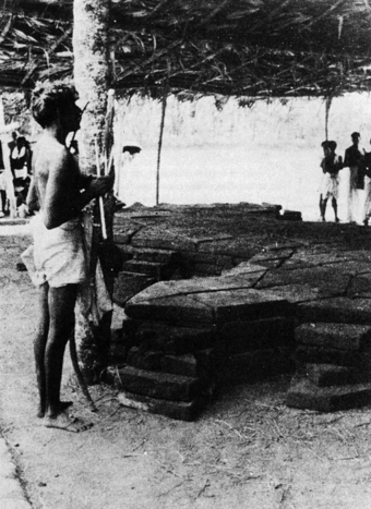Yagna held in Kerala testifi to the continuity of tradition over hundreds of years. Note five layers of altar.