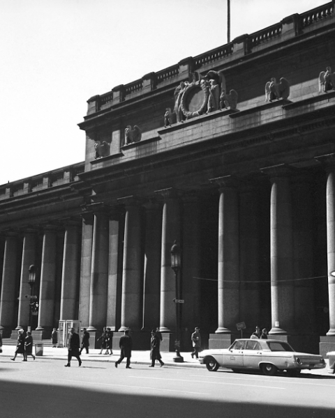 Pennsylvania Station in 1962, one year before it was demolished.