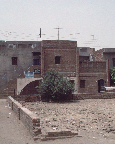 Anguri Bagh Housing, Exterior in 1987