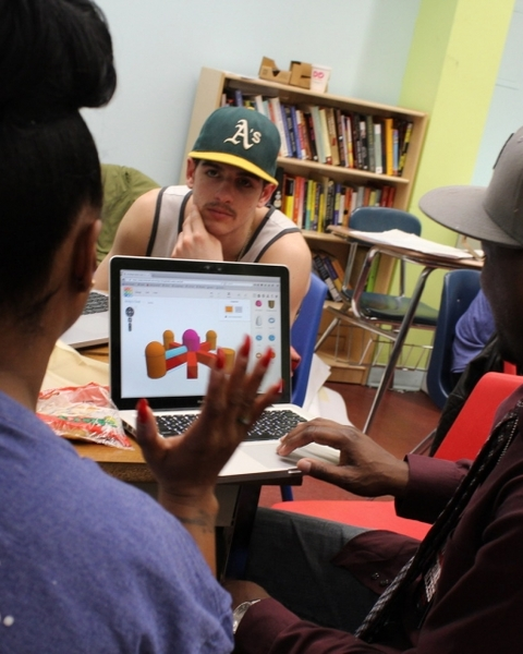 Hip Hop Pioneer Roxanne Shante Uses Autodesk Tinkercad to Inspire Hip Hop Architecture Camp Participants