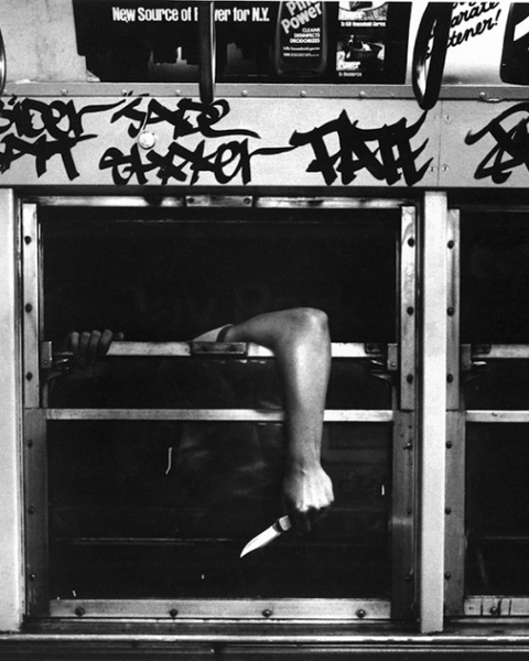 The Bronx, early 1980s In 1982, filthy train cars, crumbling infrastructure, crime and graffiti brought New York subway ridership to its lowest levels since 1917.