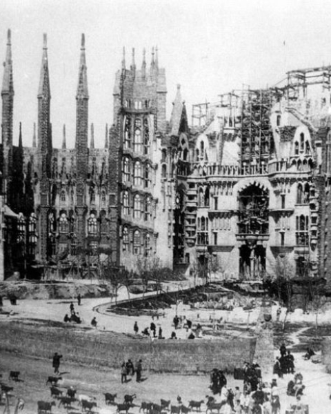 The Sagrada Familia, under construction in 1915. It might be finished by 2026