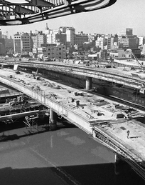 New freeways were part of the facelift Tokyo got for the 1964 Olympics. Photo taken Dec. 16, 1963.