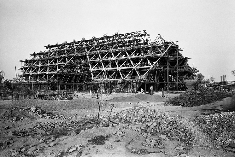 Halls of Nations and Industries under construction