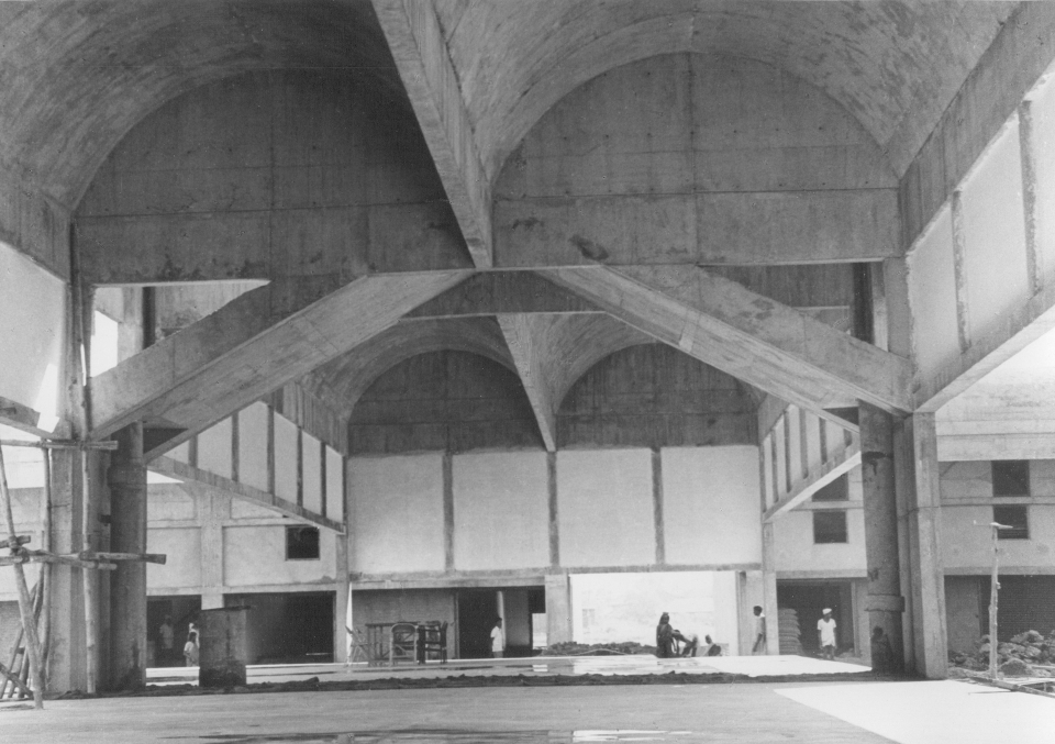 Auction hall during construction, 1976