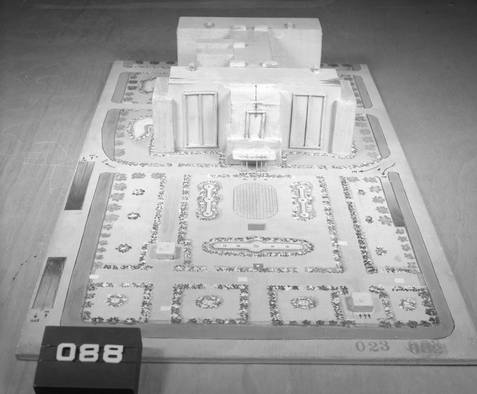Architectural model, Competition entry 023, City Hall and Square Competition, Toronto, 1958, by V. H. Karandikar of India