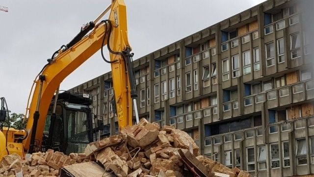 Demolition begins on the Smithsons' Robin Hood Gardens.