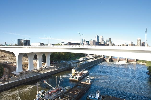 A Minnesota Department of Transportation photo of the new bridge, taken around the time it opened in 2008