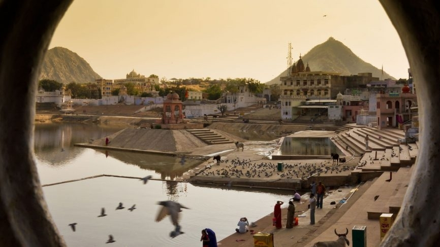 The tiny town of Pushkar is home to 52 ghats.
