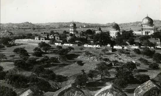 1971: Views of the tombs precinct from the Golconda fort. No habitation exists till the distant hilly outcrops.
