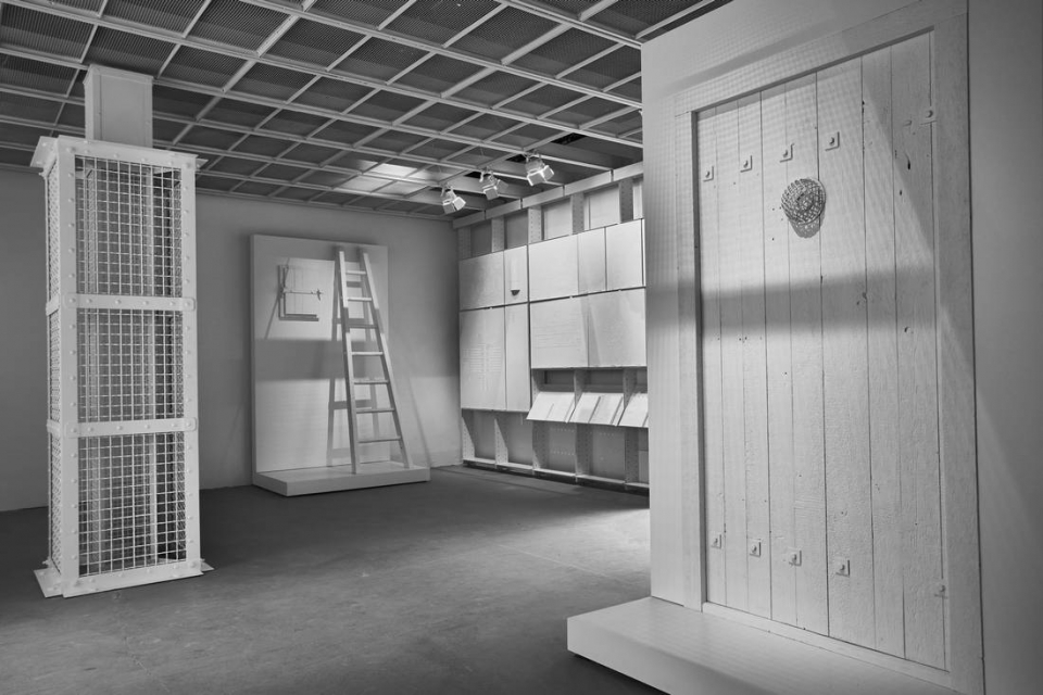 An interior perspective of the Evidence Room shows models of a gas column and gas-tight hatch, plaster casts and gas-tight door, as used at Auschwitz.